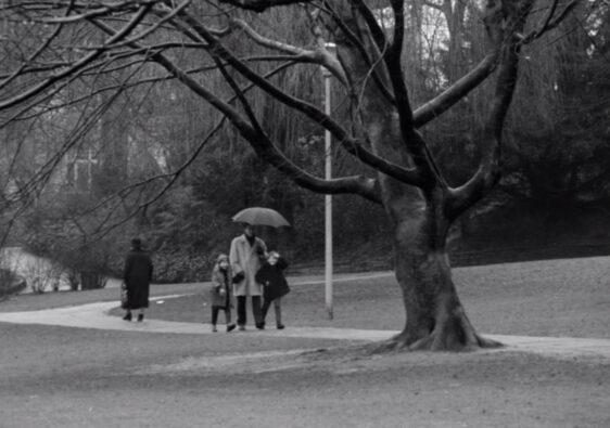 Damals: Mal wieder Hannes und seine Kinder. (Foto: Schamoni-Film)